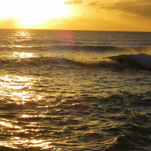 Sunset Cutback, Cupecoy