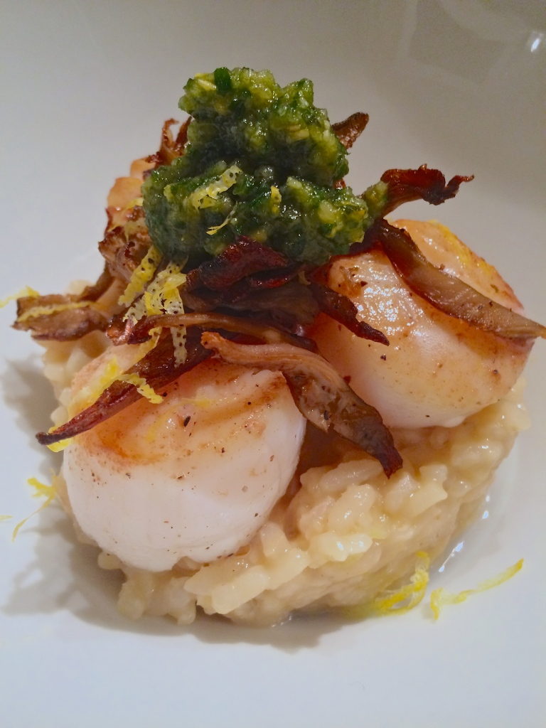 Seared Scallop with Crispy Mushroom and parsley pesto